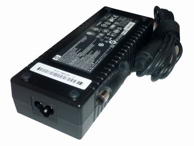 GENUINE ORIGINAL HP Universal 19V 7.1A 135 Watt. Fits a huge range of Laptops and Docking Stations